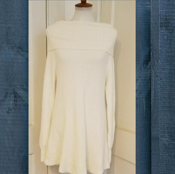 Renuar Dresses & Skirts - RENUAR KNIT TUNIC DRESS